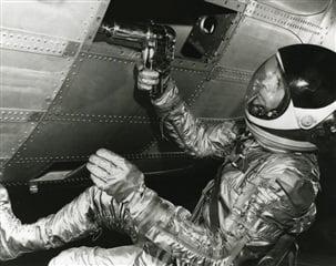 (Stanley Black and Decker SWK) taladro NASA Luna
