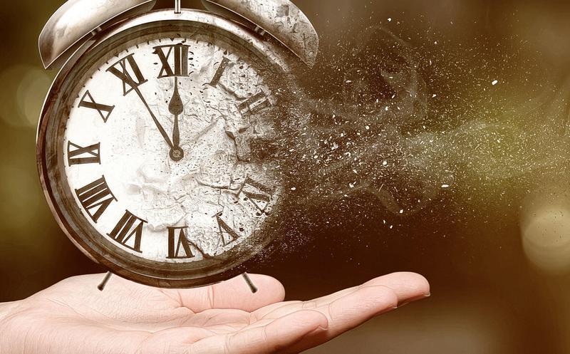 Foto reloj hacerse polvo